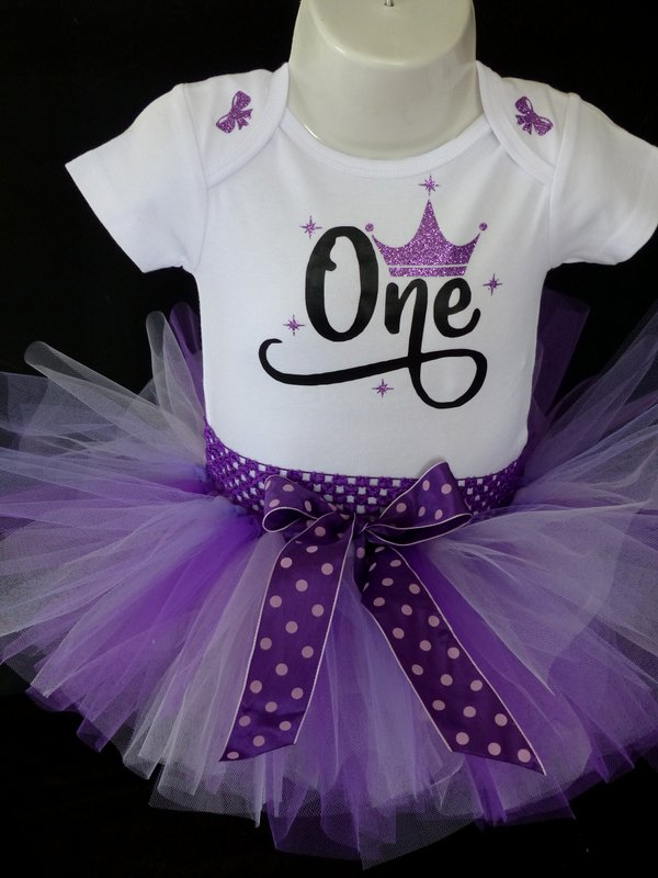 1st Birthday Tutu Outfit & How to Plan an Awesome Party!